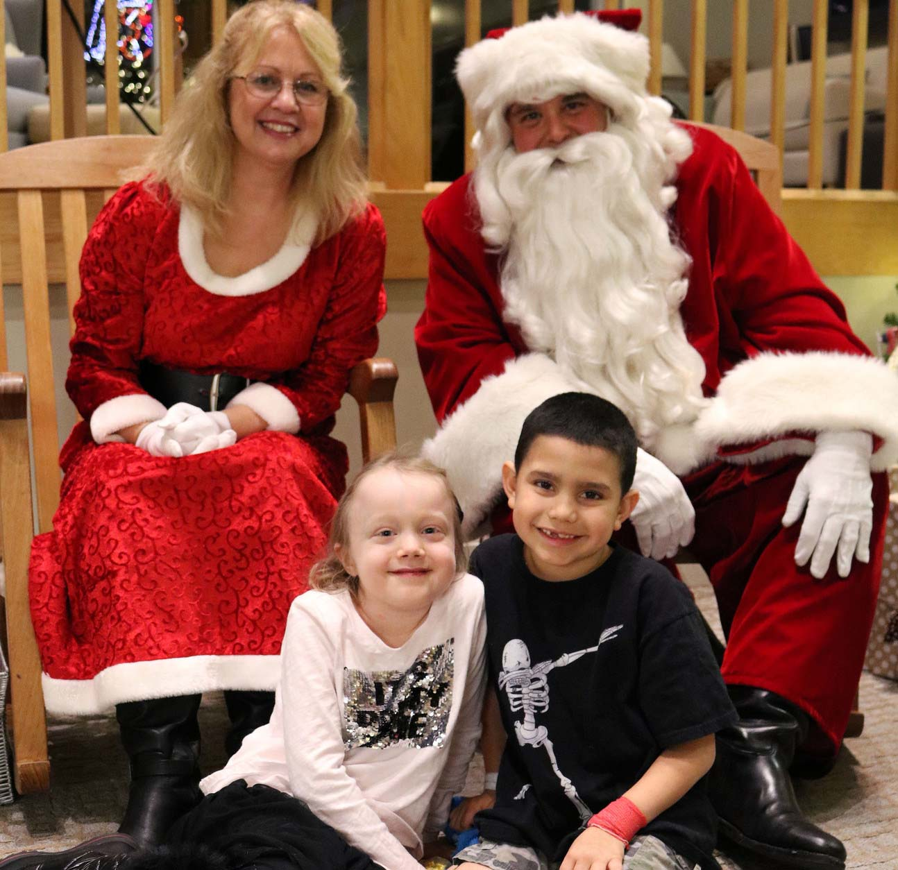 MCPD Santa and Mrs. Clause visit The Children