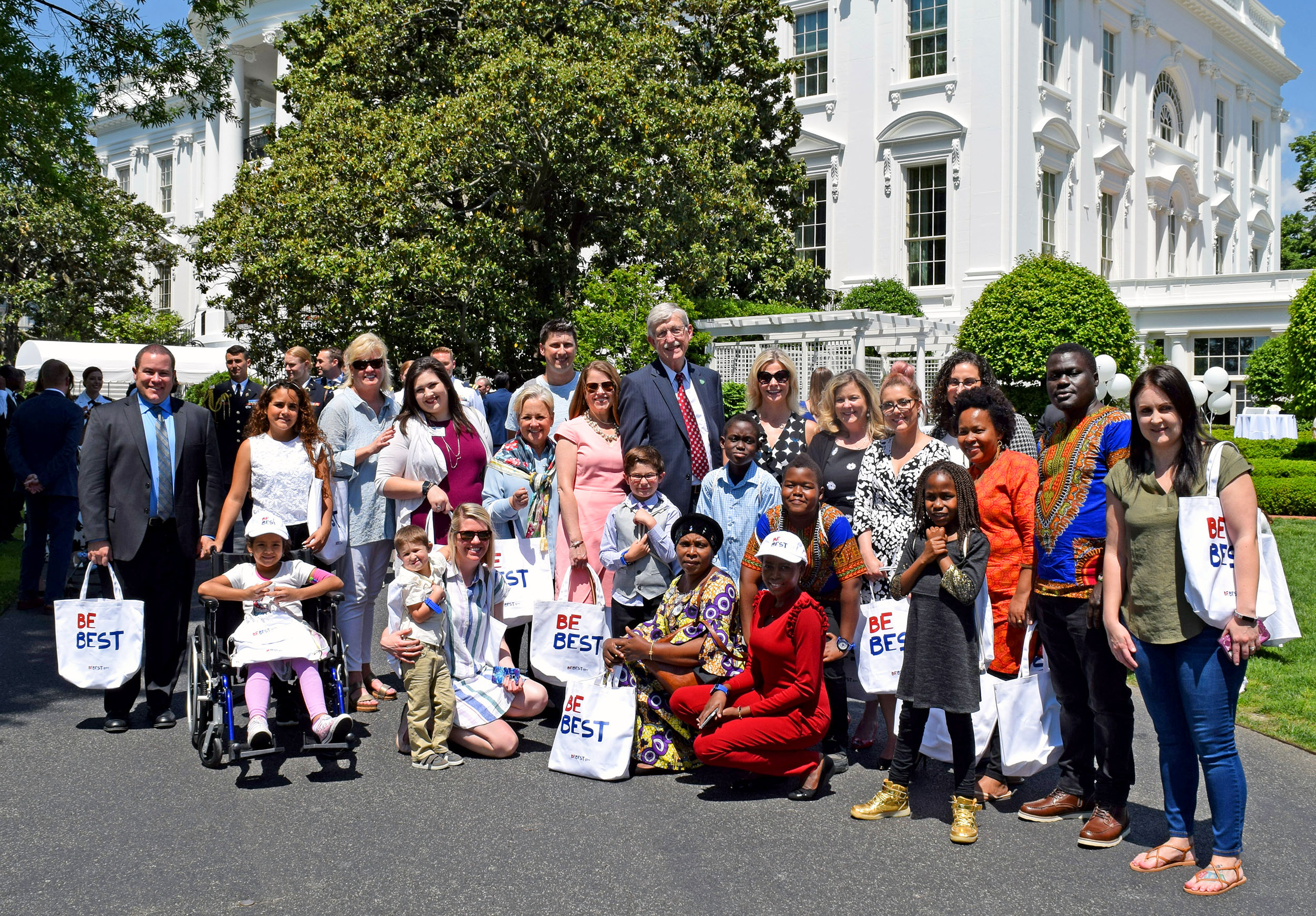 Inn residents and staffers with Dr. Francis Collins, NIH Director, at the White House