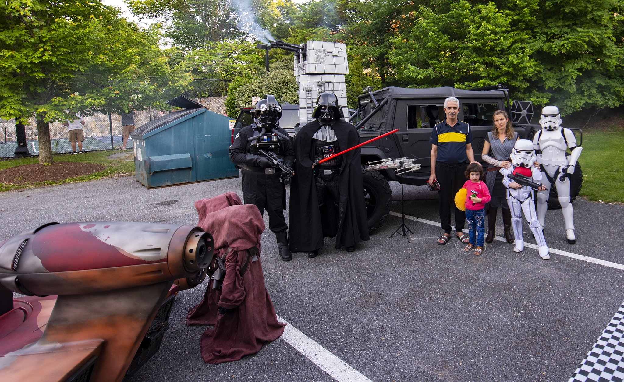 Inn residents with Star Wars characters